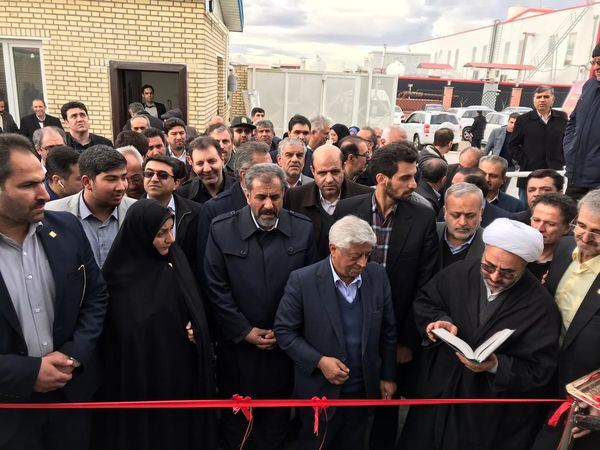 یک واحد تولید گل شاخه بریده در استان قزوین افتتاح و به بهره برداری رسید
