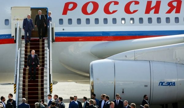 رییس جمهوری روسیه وارد تهران شد
