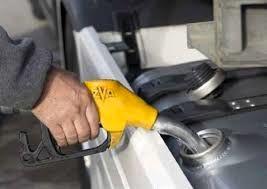 128 هزار لیتر سوخت در بین بهره برداران بخش کشاورزی شهرستان البرز توزیع شد