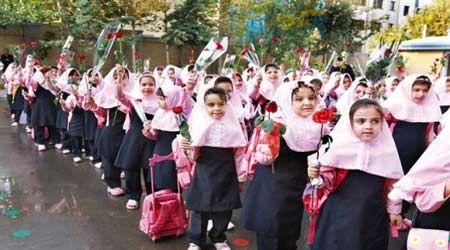 راهاندازی اتوبوس مدرسه برای اولینبار در تهران