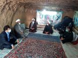دیدارمسئول حوزه نمایندگی ولی فقیه درسازمان جهاد کشاورزی استان کرمان با خانواده معزز سه شهید عشایری