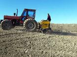 تامین سوخت به موقع و مورد نیاز برای فعالیت ماشین آلات کشاورزی در شهرستان خداآفرین