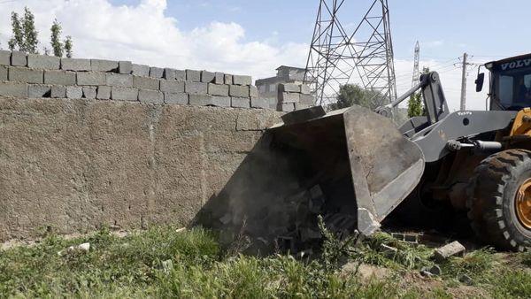 چهار هکتار  از اراضی زراعی شهرستان اسلامشهر آزادسازی شد