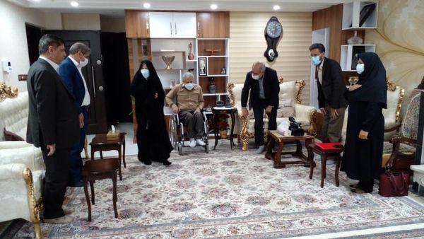 دیدار از خانواده شهید شمس الدینی و جانباز 70% حمید نصری