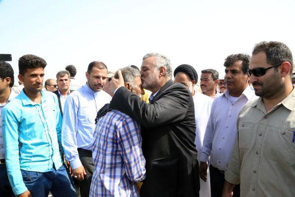 قدردانی وزیر جهاد کشاورزی از عوامل اجرایی مبارزه با آفت ملخ صحرایی
