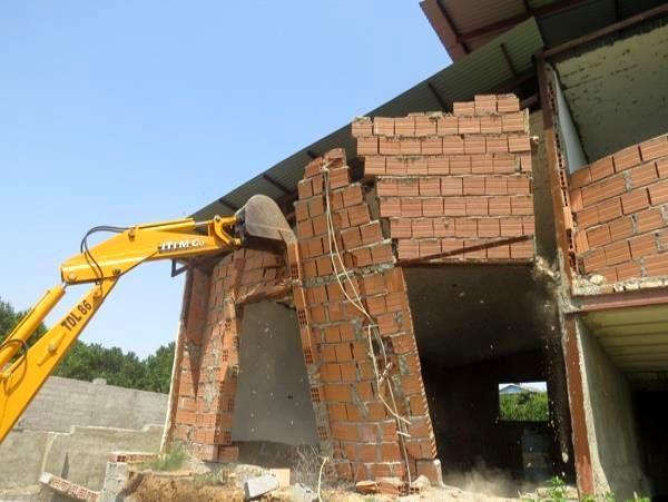 14 هکتار اراضی کشاورزی چالوس به چرخه تولید بازگشت/ تخریب 72 بنای غیرمجاز