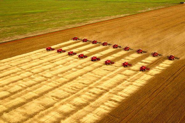 تغییرات اصلی در سیاستهای دولت به سمت کشاورزی خانواده، توسعه ارضی و کاهش فقر میشود