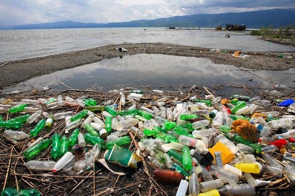 برنامه پایدار برای حذف پلاستیک نداریم