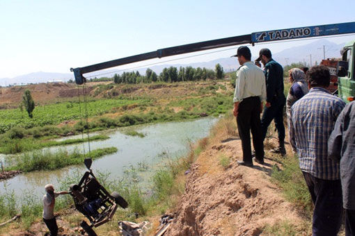 اجرای طرح ضربتی جمع آورری پمپهای غیرمجاز هدایت کننده آب فاضلاب به مزارع مرند