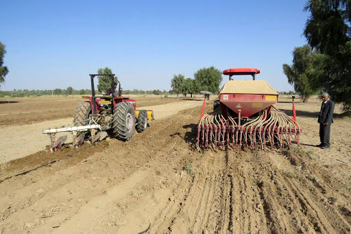 پرداخت 402 میلیارد تسهیلات در زمینه توسعه  مکانیزاسیون به کشاورزان یزدی