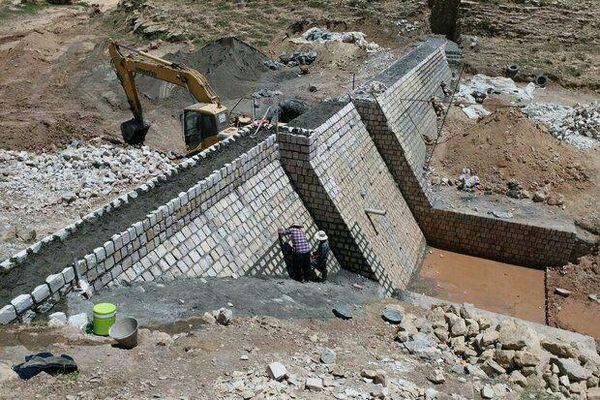 9 طرح آبخیزداری در چهارمحال و بختیاری به بهره برداری می رسد