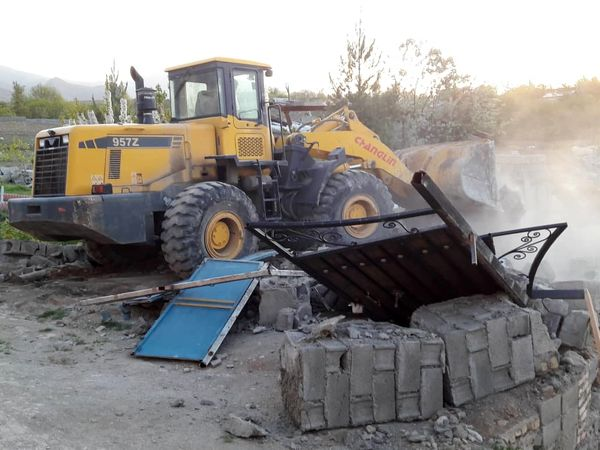 115 هکتار از اراضی کشاورزی ساوجبلاغ رفع تصرف شد