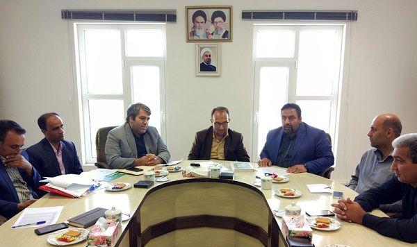 جلسه بررسی تخصیص تسهیلات احداث گلخانه در بشرویه برگزار شد