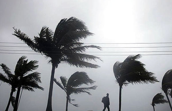 کاهش دمای هوا و وزش باد شدید در برخی مناطق