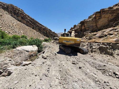 آغاز باز سازی کانال آب ریکان در قیروکارزین