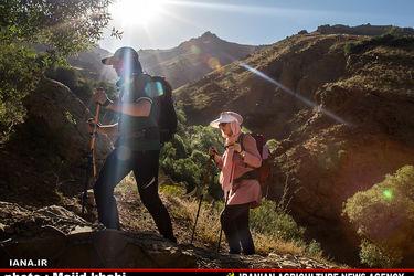 کوه پیمایی تفریح تهرانی ها