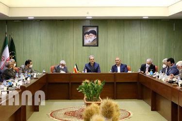 جلسه هم اندیشی وزیر جهاد کشاورزی با بنیاد گندم کاران و صنایع وابسته