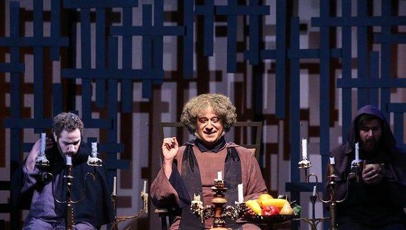 اجرای نمایش «دِیر راهبان» در تالار چهارسو آغاز شد