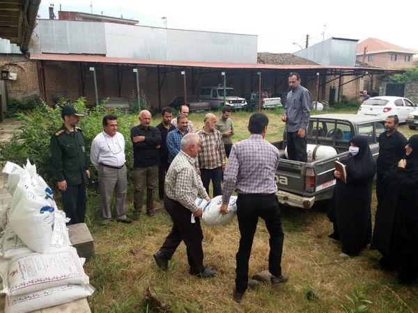 توزیع بسته حمایتی اجتماعی کود تقویتی رایگان در بین کشاورزان شهرستان املش