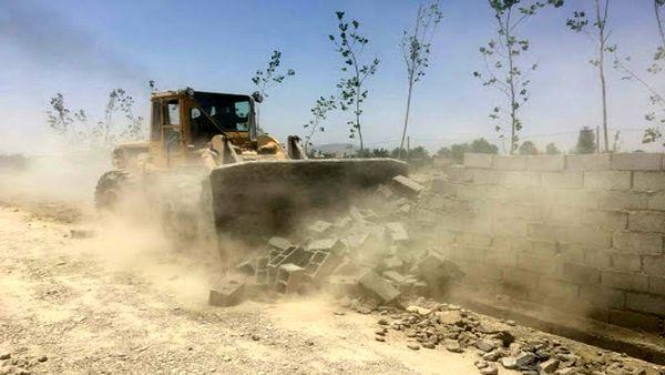 تخریب یک باب ساخت و ساز غیرمجاز در اراضی ملی جونقان