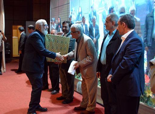 استاندار آذربایجان شرقی از کانون سنگرسازان بی سنگر استان قدردانی کرد