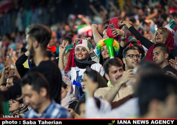 برای تماشای مسابقه تیم ملی در استادیوم مشکلی نیست