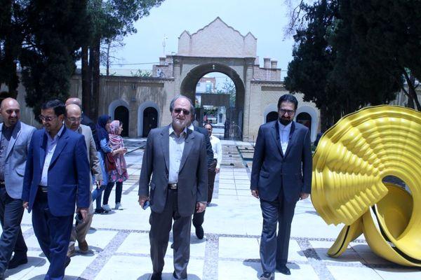 آثار موزه هنرهای معاصر صنعتی کرمان مرمت می شود