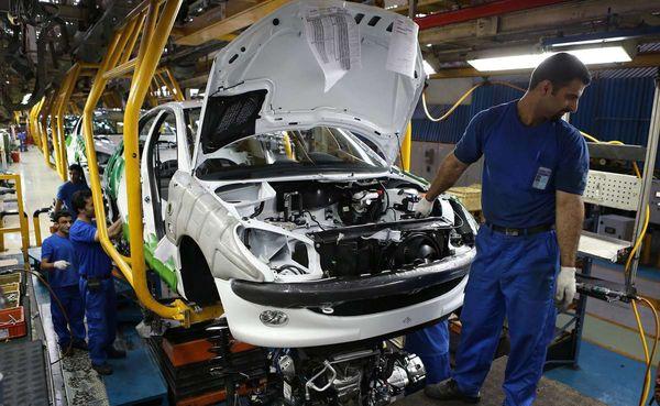 صاحبان خودروهای جدید تا یک سال قادر به فروش نخواهند بود