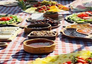 جشنواره غذاهای دریایی در ساحل دریاچه اوان منطقه الموت قزوین برگزار شد