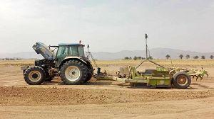 اراضی زراعی در فسا تسطیح لیزری شدند