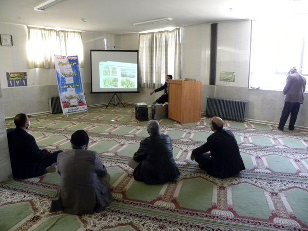 برگزاری کارگاه آموزشی انتخاب و کشت اصولی نهال در شهرستان شهرکرد