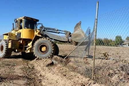 بیش از 15 هزار متر مربع از اراضی ملی در کامیاران رفع تصرف شد