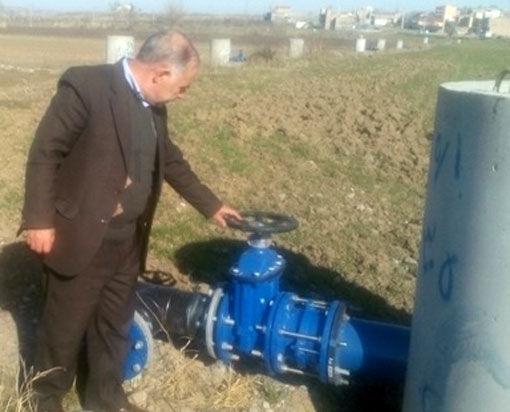 رفع نواقص عملیات اجرائی طرح ساخت شبکه فرعی  آبیاری کم فشار در لاریجان خداآفرین