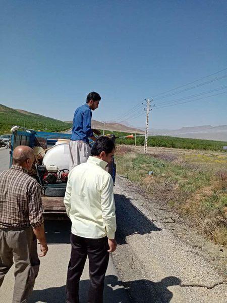 عملیات سمپاشی علیه ملخ شکم بادمجانی در شهرستان سامان