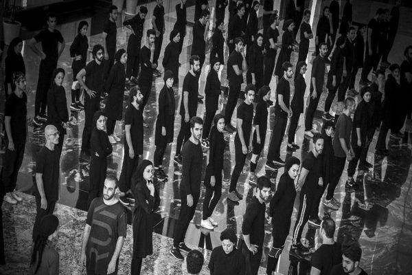 ٣٠٠ هنرمند موزیکال «بینوایان» را روایت می کنند