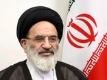 عدول از آرمانهای امام خمینی (ره) موجب زوال عزت و استقلال کشور خواهد شد