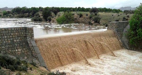 کنترل سیلاب و مقابله با کم آبی ره آورد عملیات آبخیزداری و آبخوان داری در شهرستان ملارد