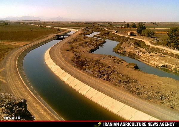 کانالهای انتقال آب رودشت در اصفهان
