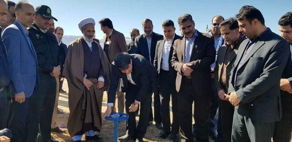 بهرهبرداری همزمان از 22 طرح آبیاری تحت فشار در دهه فجر باحضور استاندار یزد