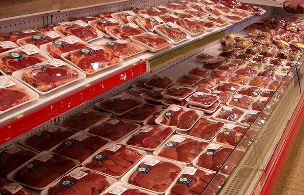 قیمت مرغ و برخی مواد پروتئینی در بازار افزایش یافت