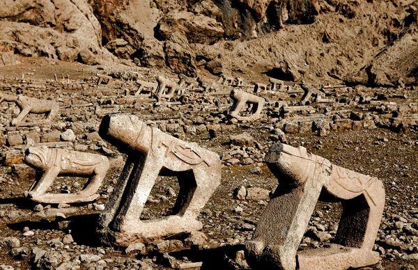 ایلامیان مردگان خود را در کجا دفن میکردند