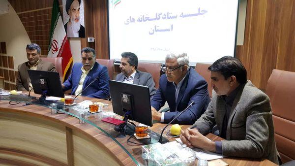 مقدمات توسعه کشت گلخانهای به ۷۰۰ هکتار در استان فراهم و نهضت گلخانهای آغاز شده است