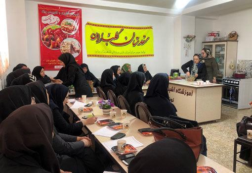 برگزاری کارگاه آموزشی طبخ آبزیان در شهرستان بناب