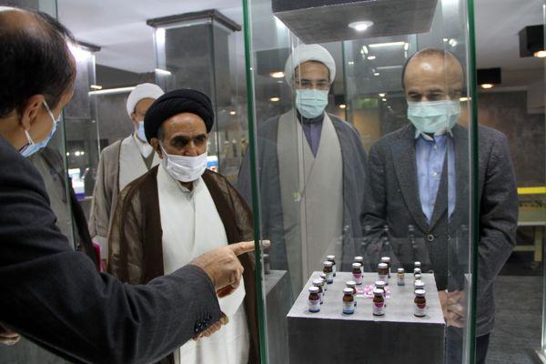 بازدید نماینده ولی فقیه از موسسه تحقیقات واکسن و سرم سازی رازی