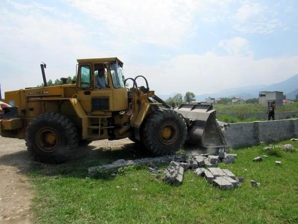 38 مورد تغییر کاربری غیرمجاز در عباس آباد قلع و قمع شد