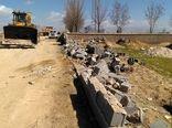 ساخت و ساز های غیر مجاز در اراضی کشاورزی مرودشت تخریب شد