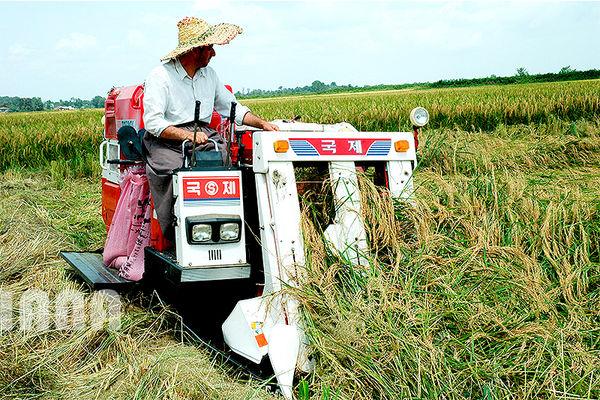 ضریب مکانیزاسیون بخش کشاورزی آذربایجان غربی به 1.8 افزایش یافت