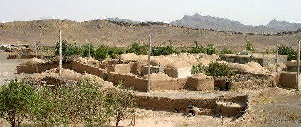 ابوالحسنی، نه آب دارد و نه تلویزیون
