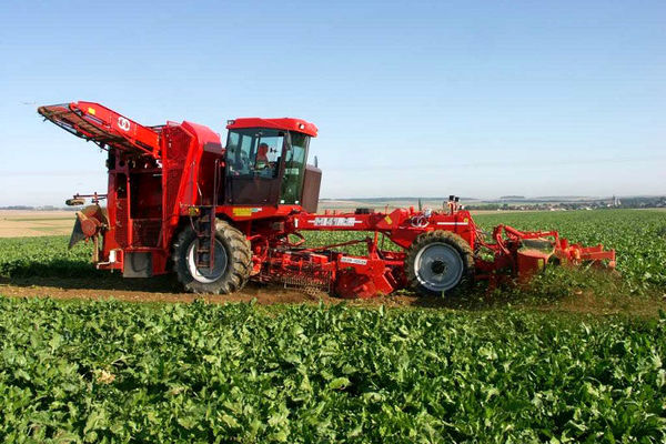 ۲۷۵میلیارد ریال تسهیلات مکانیزاسیون به کشاورزان یزدی پرداخت شد