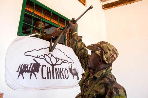 مقابله با شکارچیان غیرقانونی در آفریقای مرکزی